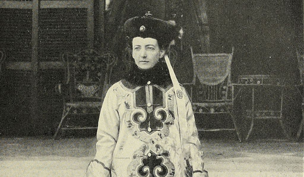 Ever political, Cixi wanted a Westerner to paint a portrait destined for the West. She commissioned artist Katharine A. Carl (above in Chinese traditional dress) to do the painting for the 1904 St. Louis Exposition.