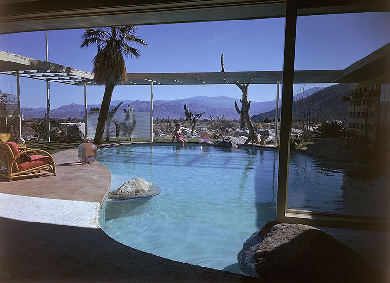 Raymond Loewy palm springs home.jpg