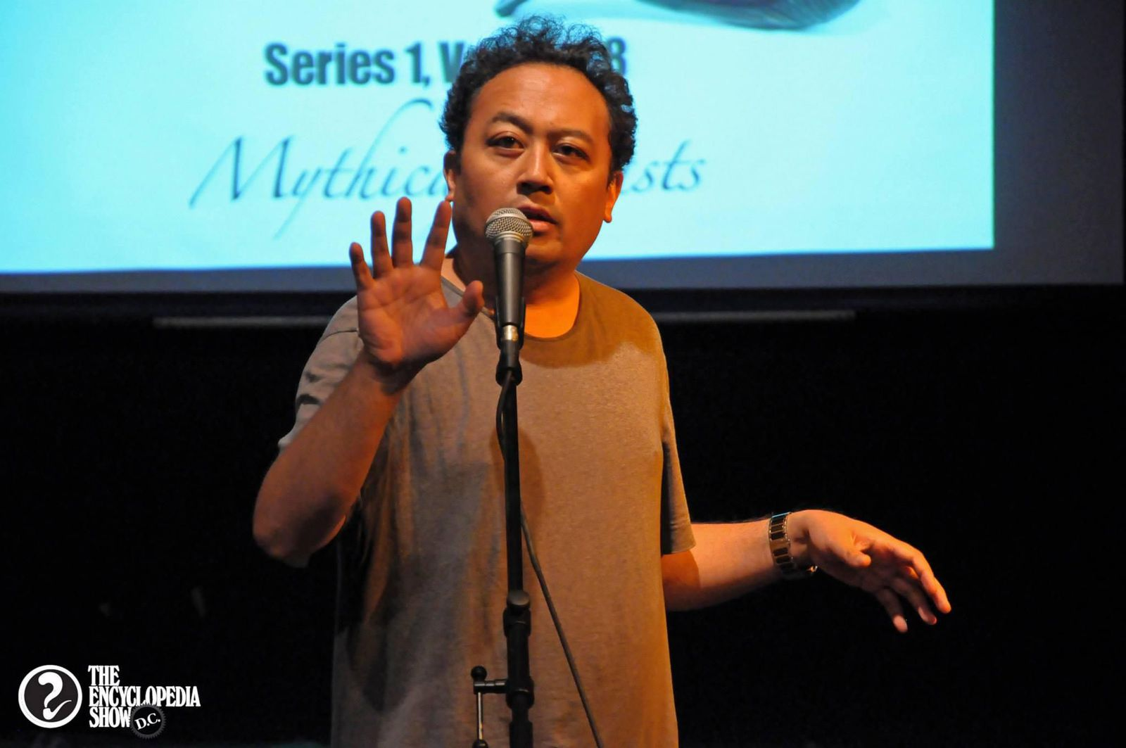 Why Spoken Word Artist Regie Cabico Calls Himself an 'Accidental Poet' | At the Smithsonian