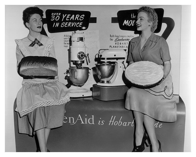VIntage Photo Ladies with Mixer Ad (1).JPG
