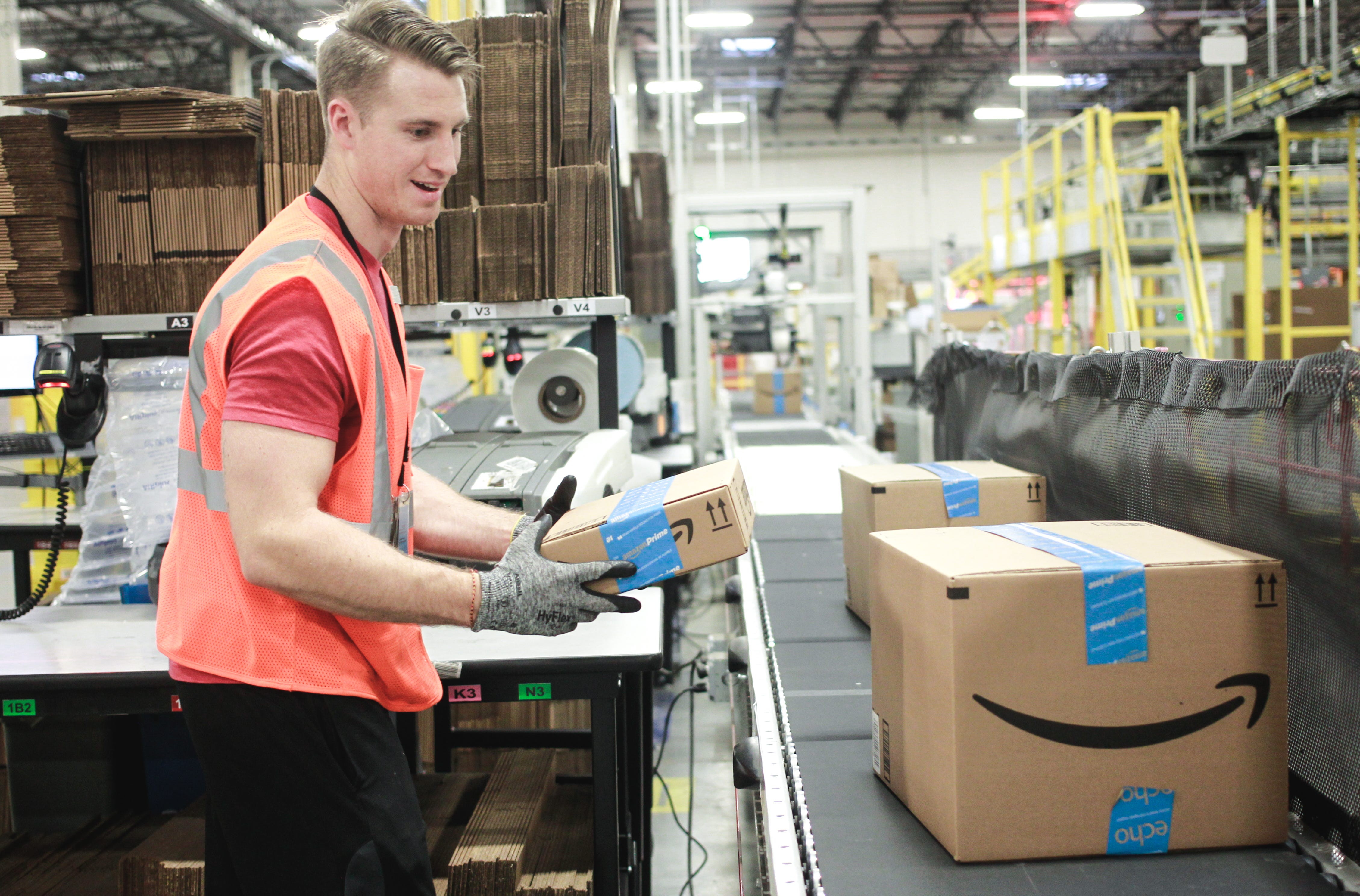 Amazon 'ambassadors' program pays workers to be positive on Twitter