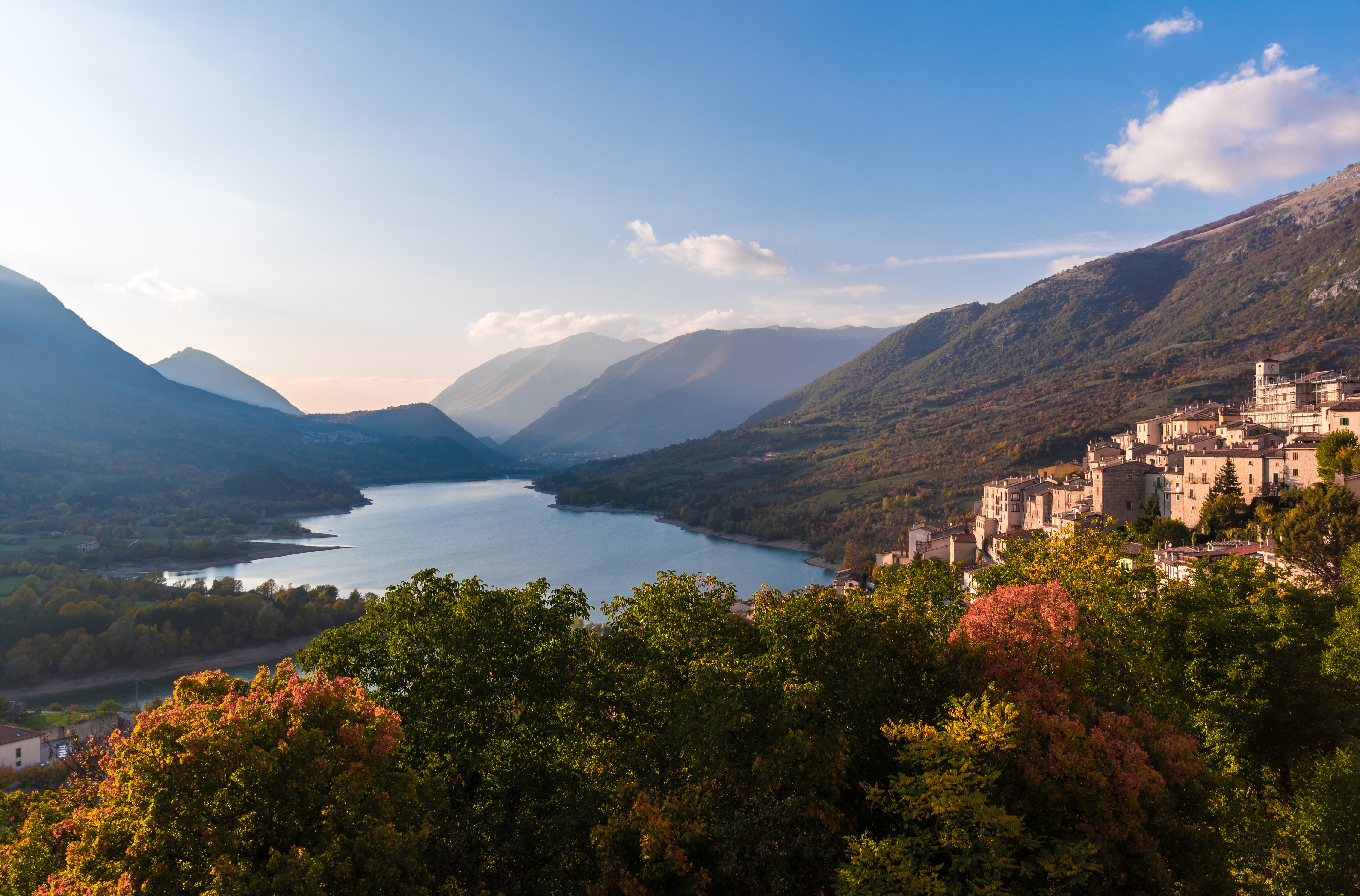 Molise offers to pay $27,000 to newcomers