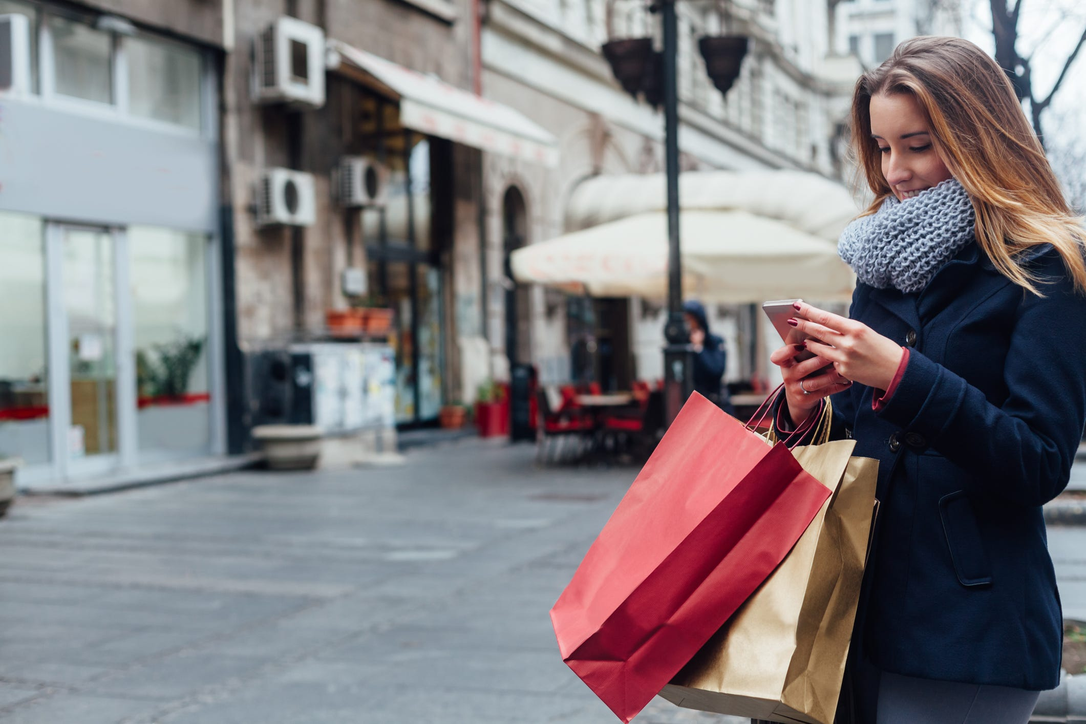 Shoppers expected to spend more than $1 trillion this holiday season