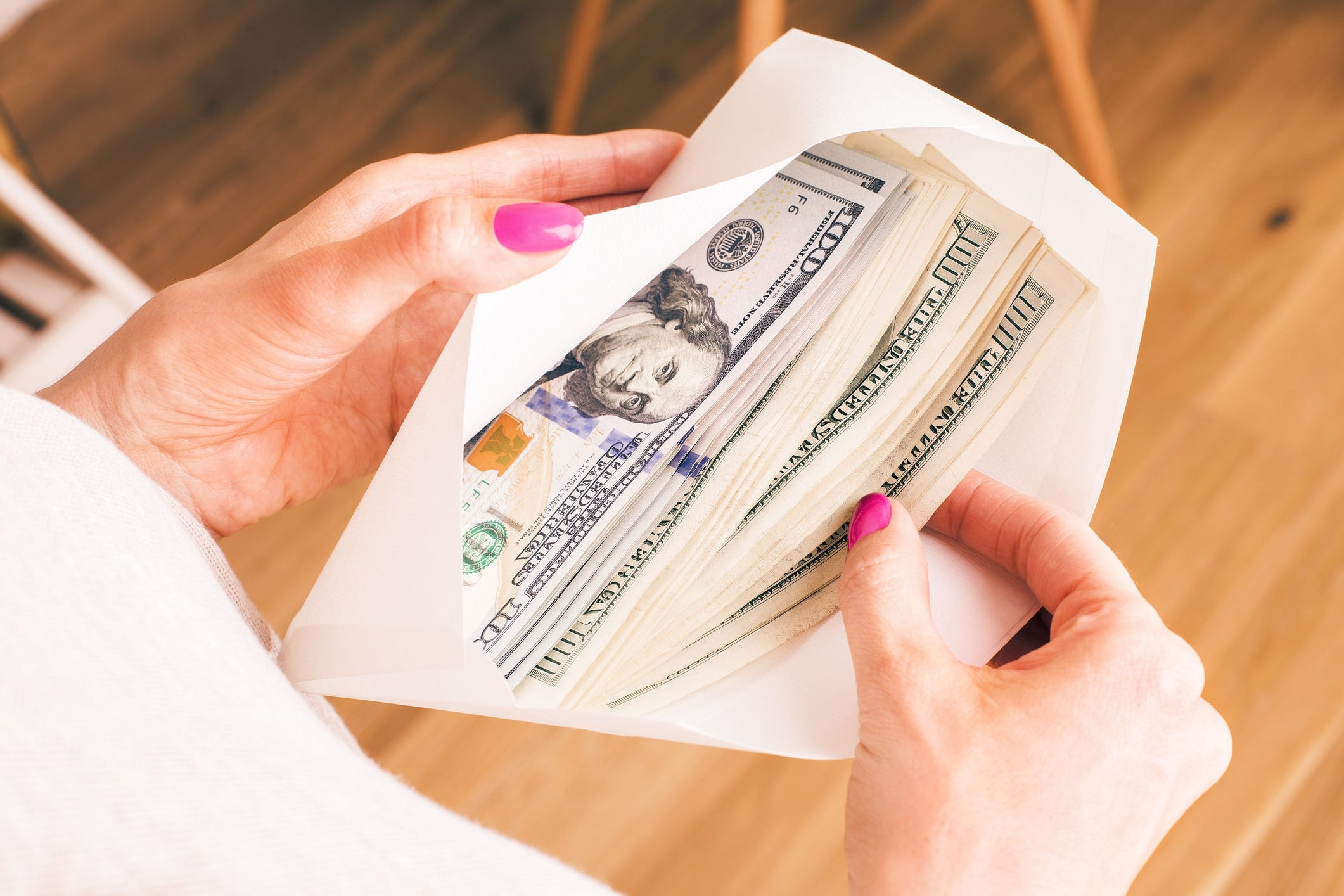 Too many women defer to their husbands on finances