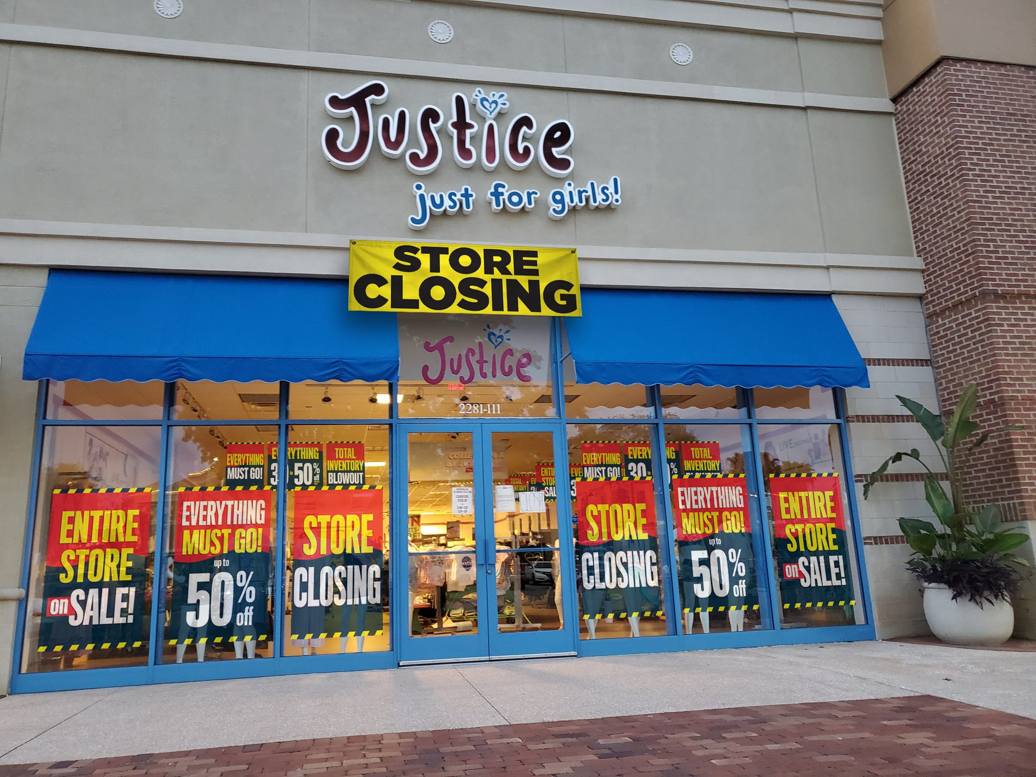 See full list of tween stores closing