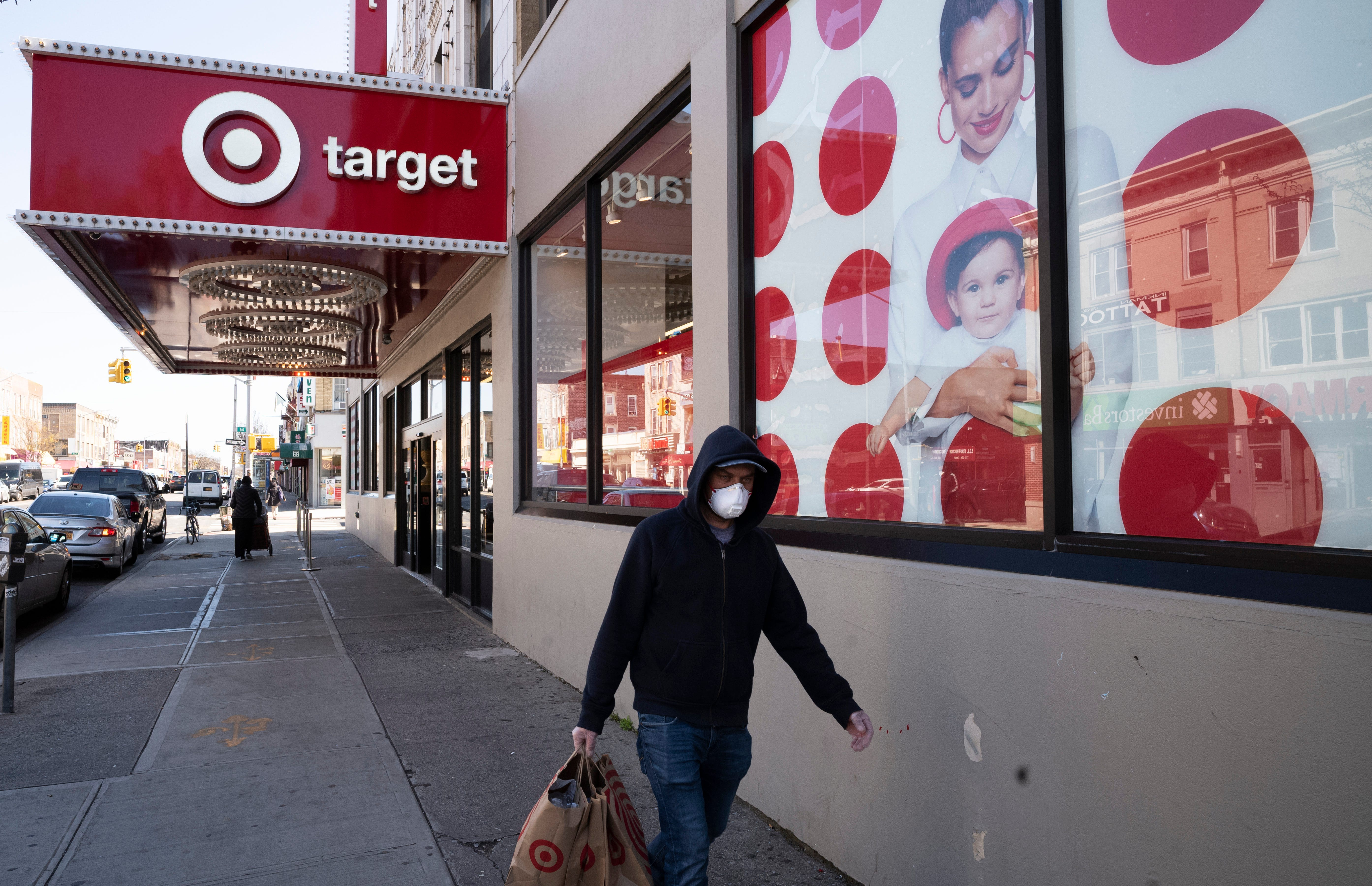 Stores to close on Thanksgiving