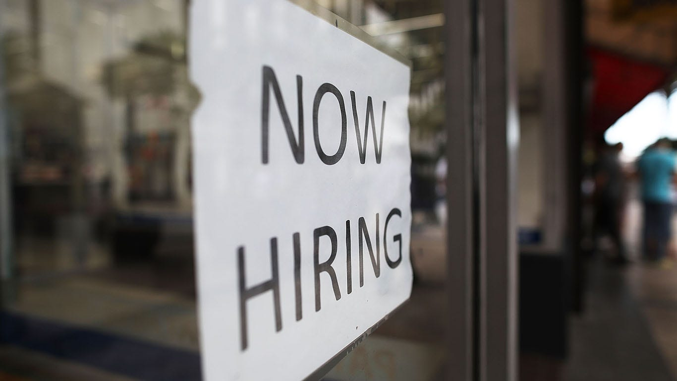 Economists differ widely on whether U.S. gained or lost jobs in July