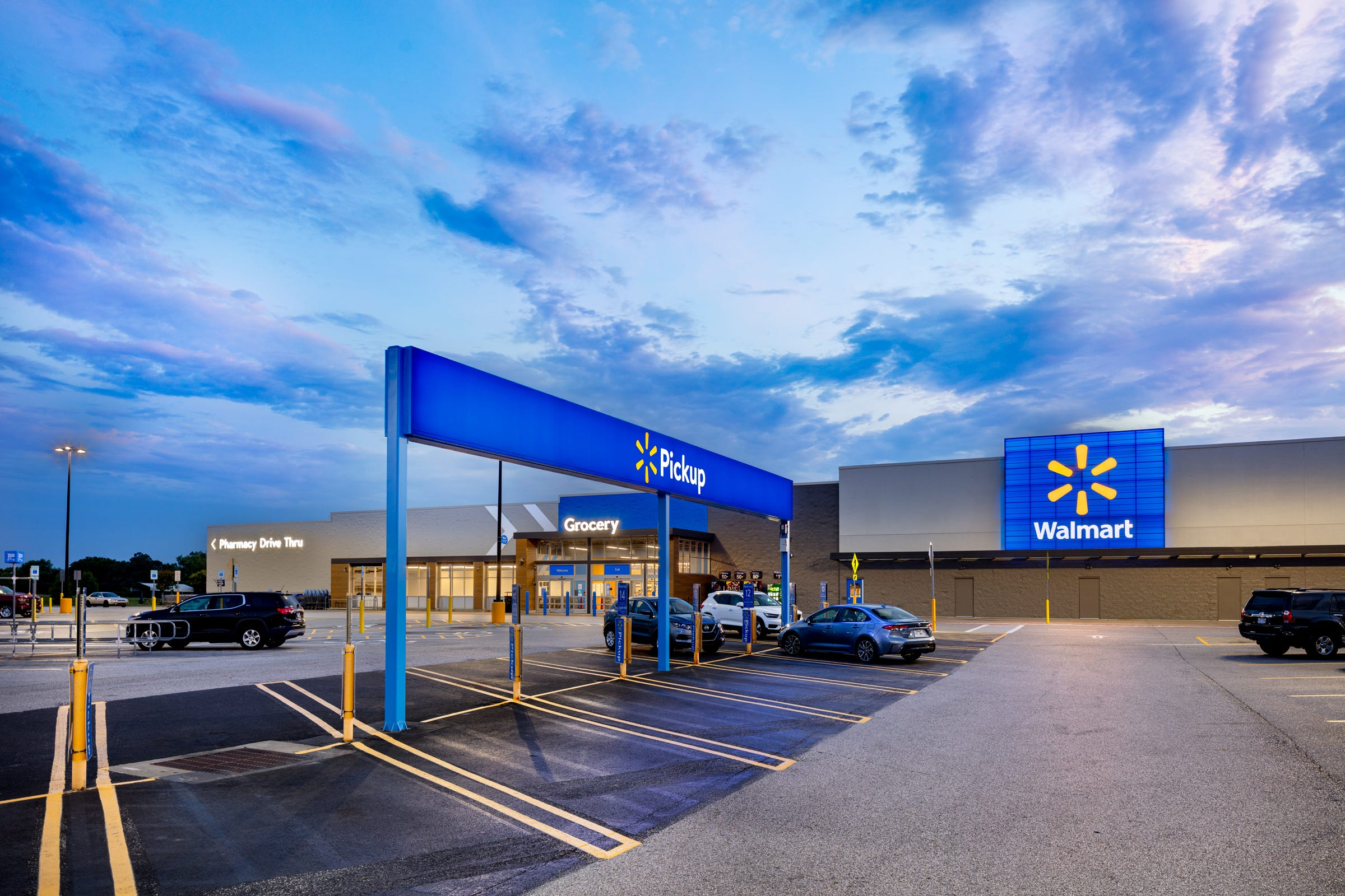 Walmart store design to create 'seamless' omni shopping experience