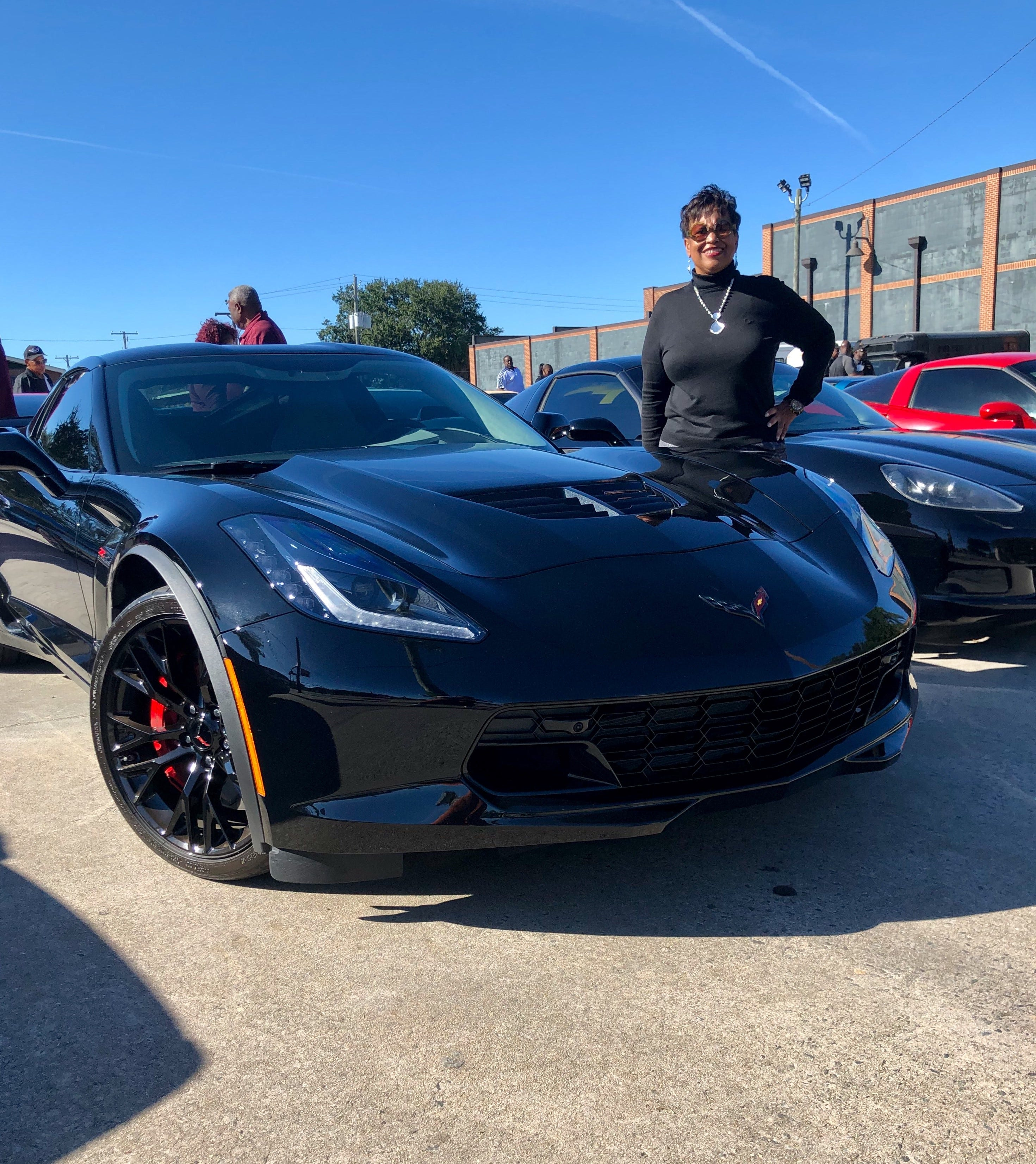 Lawsuit seeks millions from GM for alleged bad wheels on Corvettes