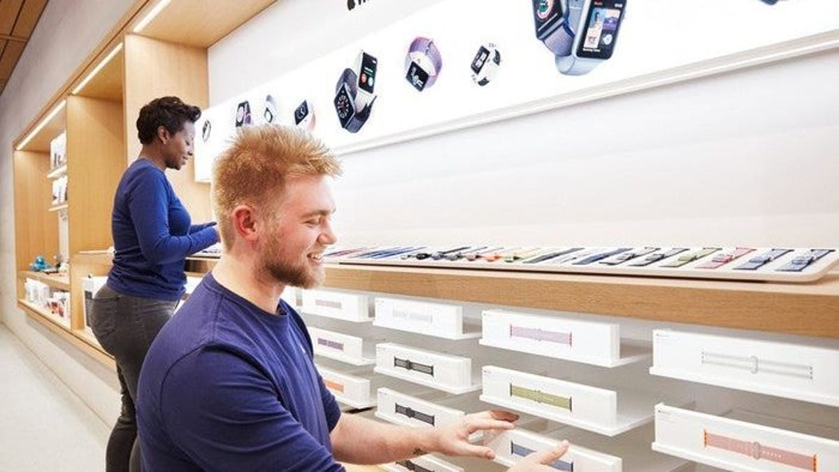 Apple is temporarily closing all California stores, a dozen more around U.S. amid COVID-19 surges