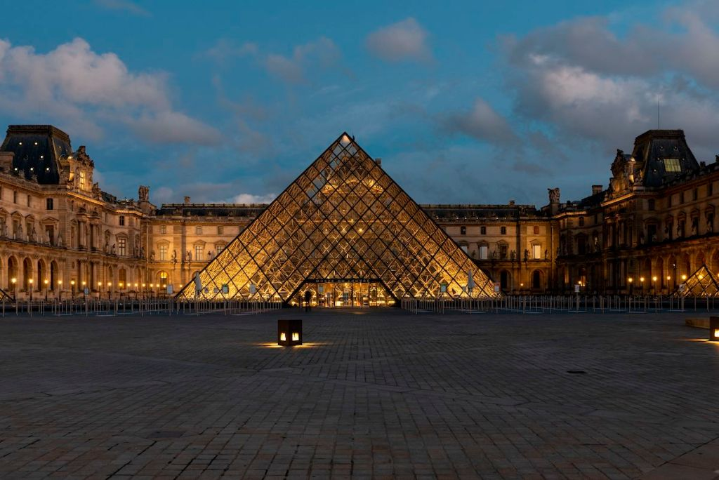 Louvre Museum Faced Major Attendance Plunge in 2020 as a Result of Pandemic Restrictions