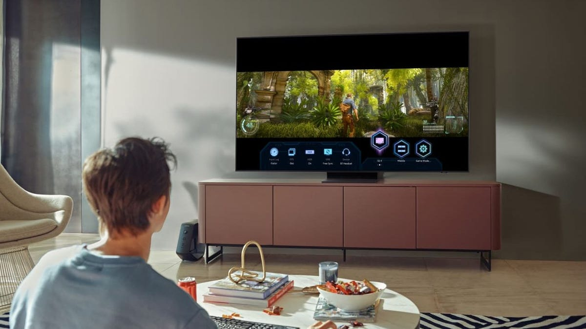 You can get up to $800 off a 4K Samsung QLED TV just in time for the Super Bowl