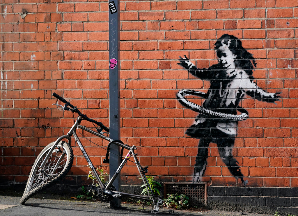 Banksy Mural That Appeared in Nottingham Last Fall Is Sold to English Gallery