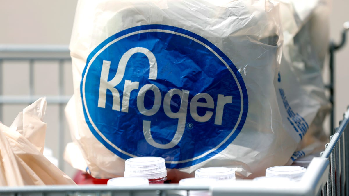Kroger store closings: Two QFC Food Centers to shutter with grocer citing COVID-19 hazard pay mandate