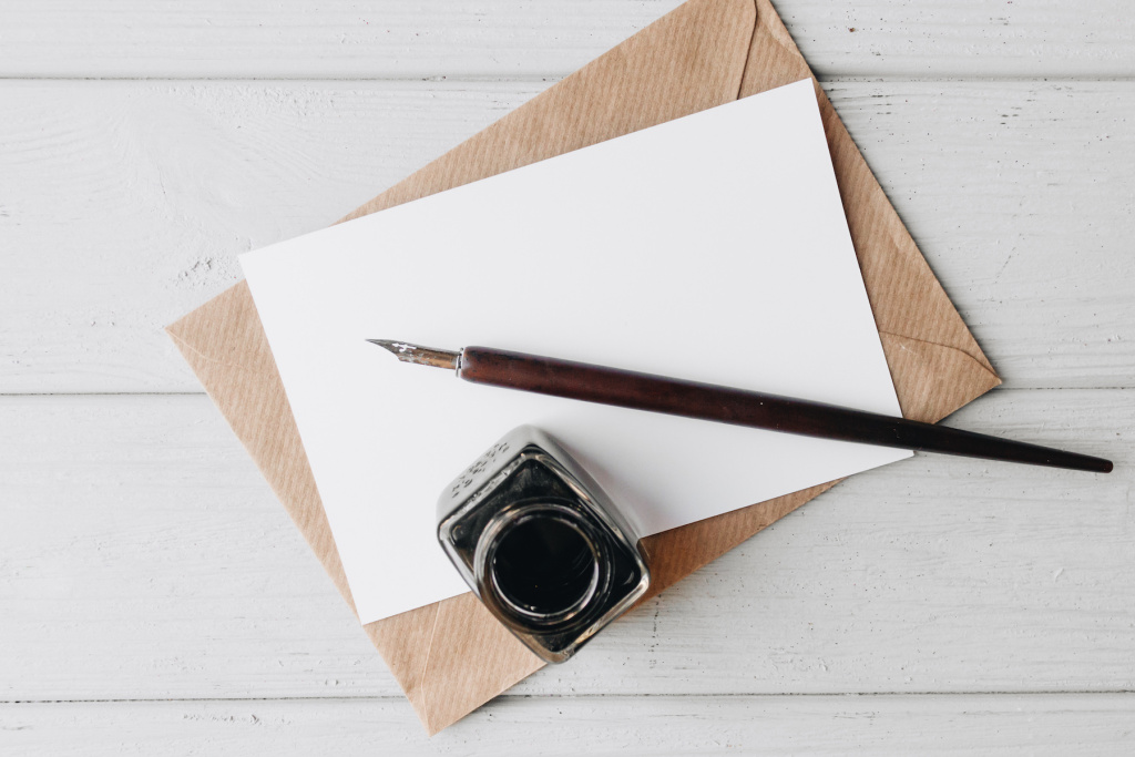 The Best Dip Pens for Calligraphy and Illustrations