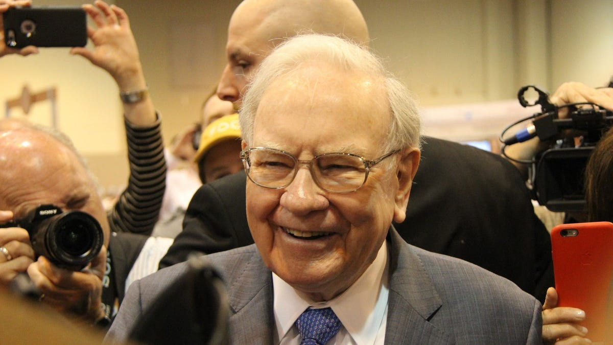 Warren Buffett: Retirees 'face a bleak future' as fixed-income investments struggle
