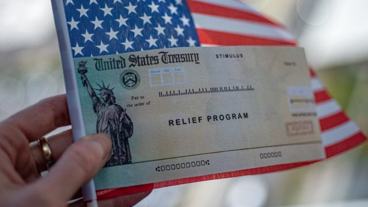 When will I get my third stimulus check? IRS begins sending first round of $1,400 COVID-19 relief payments