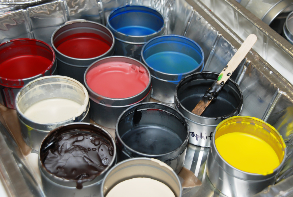 The Best Encaustic Paints for Varied Effects