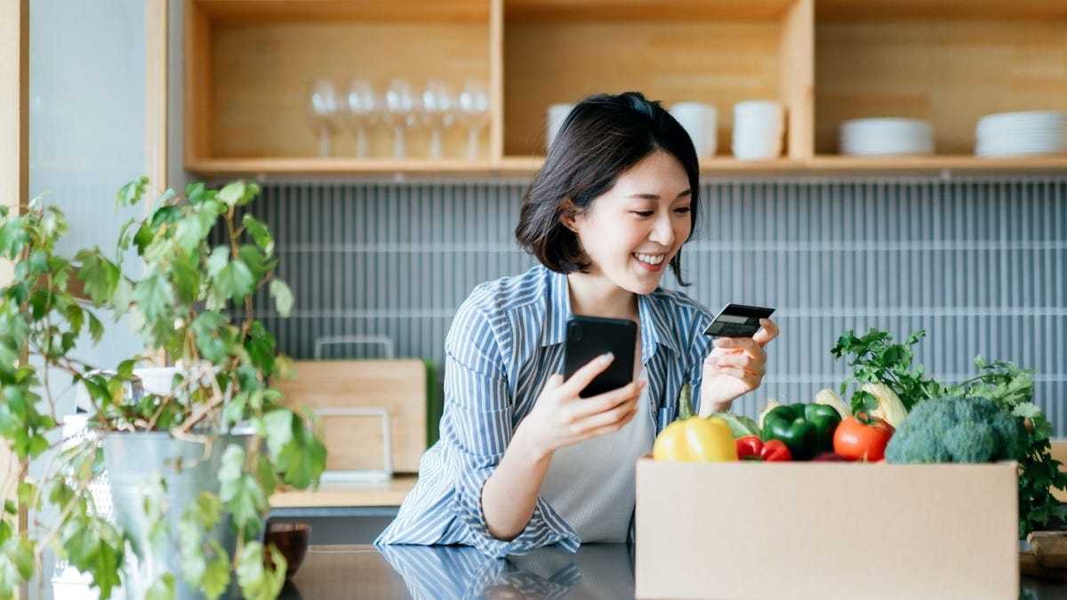This is the best credit card for groceries—and binge-watching, too
