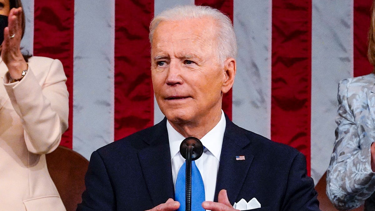 Biden cites left-leaning study that 55 of top U.S. companies paid no federal income taxes