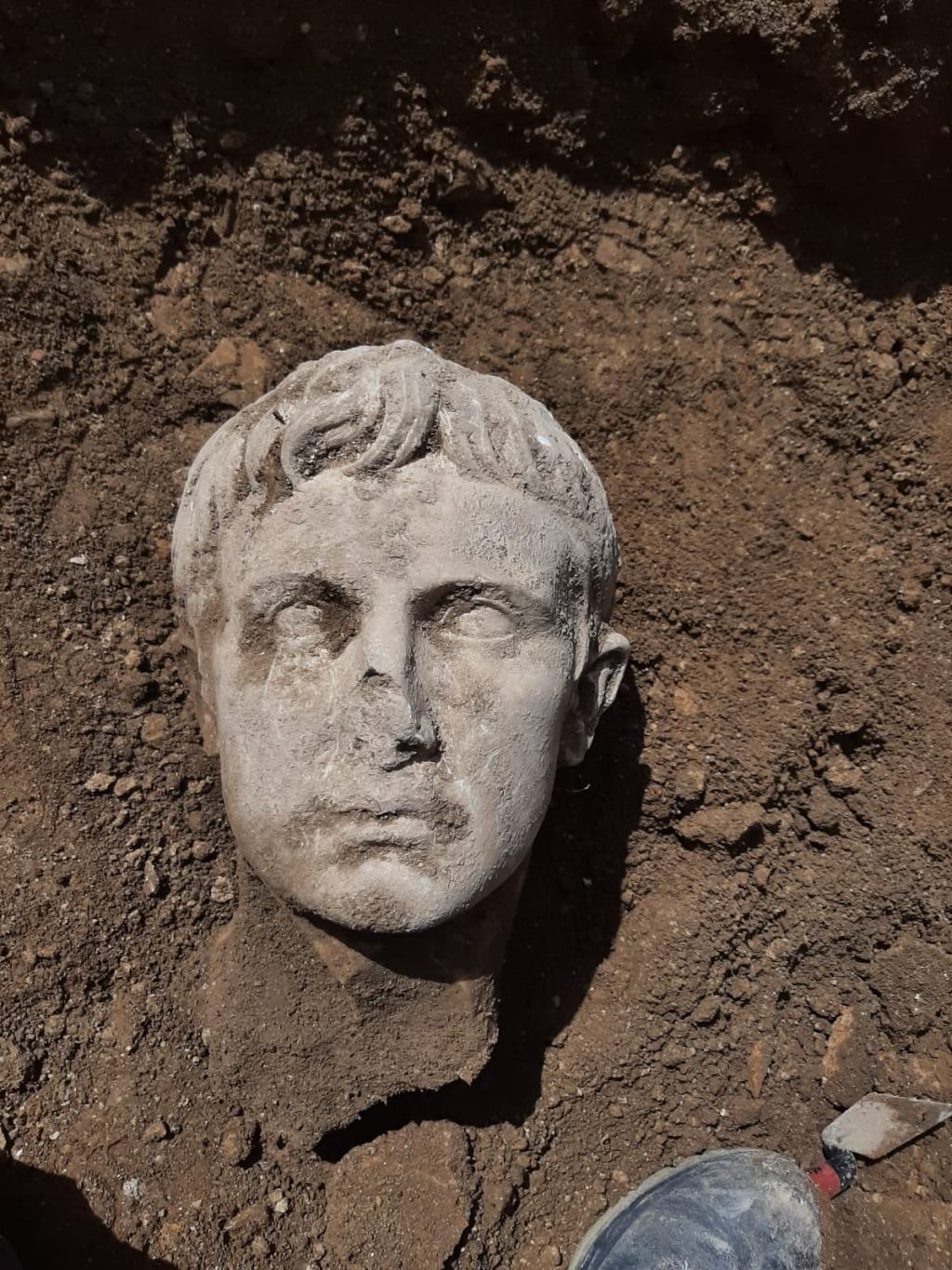 Archaeologists Find Marble Head of Roman Emperor Augustus in Italian Town