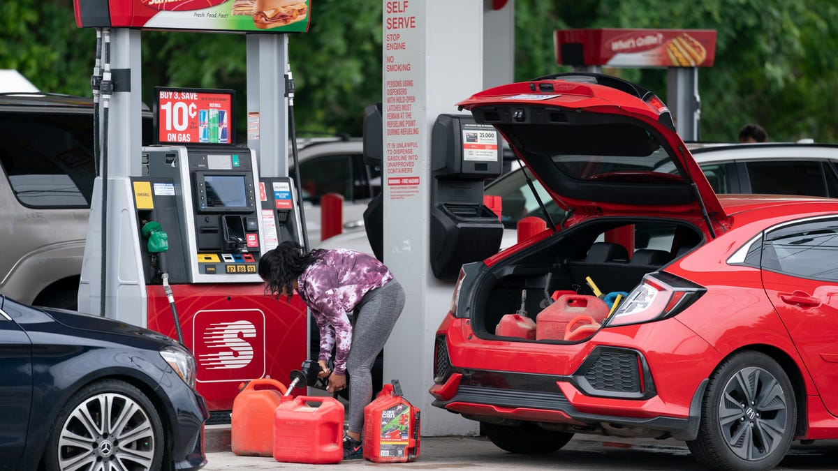 Continued gas shortages? Panic buying after Colonial Pipeline cyberattack won't solve the problem, experts say.