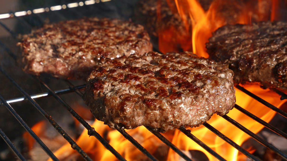 Memorial Day barbecue food safety: You might be grilling your burgers wrong