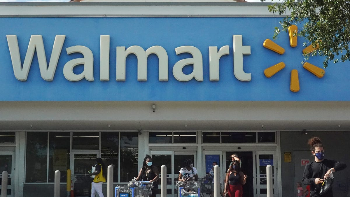 Walmart will close all its US stores on Thanksgiving Day
