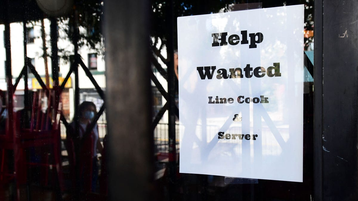 Economy adds 943,000 jobs in July despite COVID surge, worker shortages as unemployment falls to 5.4%