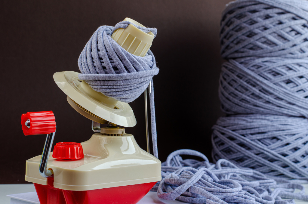 Get Your Knit or Crochet Projects Rolling with the Best Yarn Winders