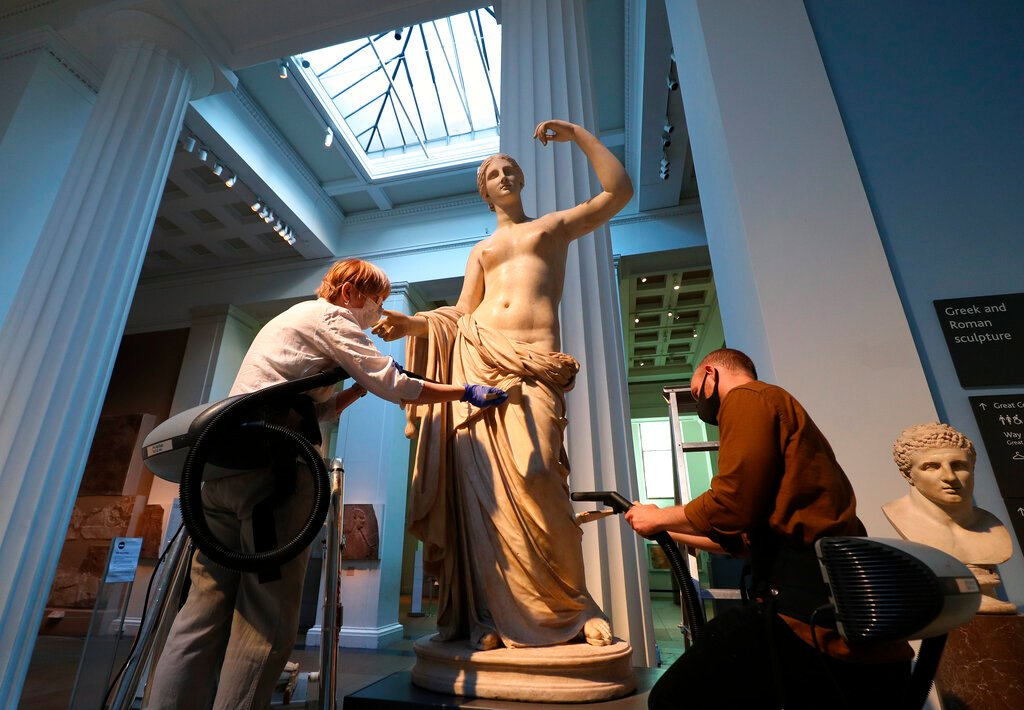 Storied Art School Leader Dies, Leaks at the British Museum, and More: Morning Links for August 12, 2021