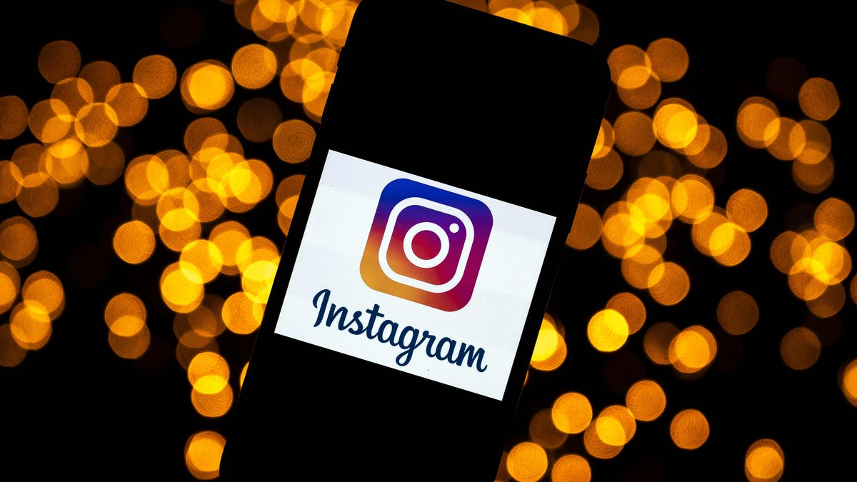 Instagram down? Facebook says it's working to fix issues accessing the app